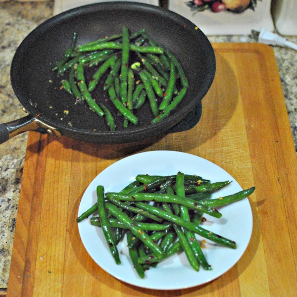c325e-spicy-garlic-green-beans-2